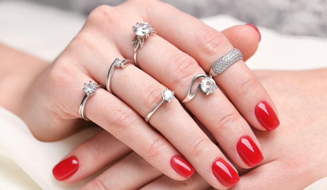 Soñar con anillo de plata