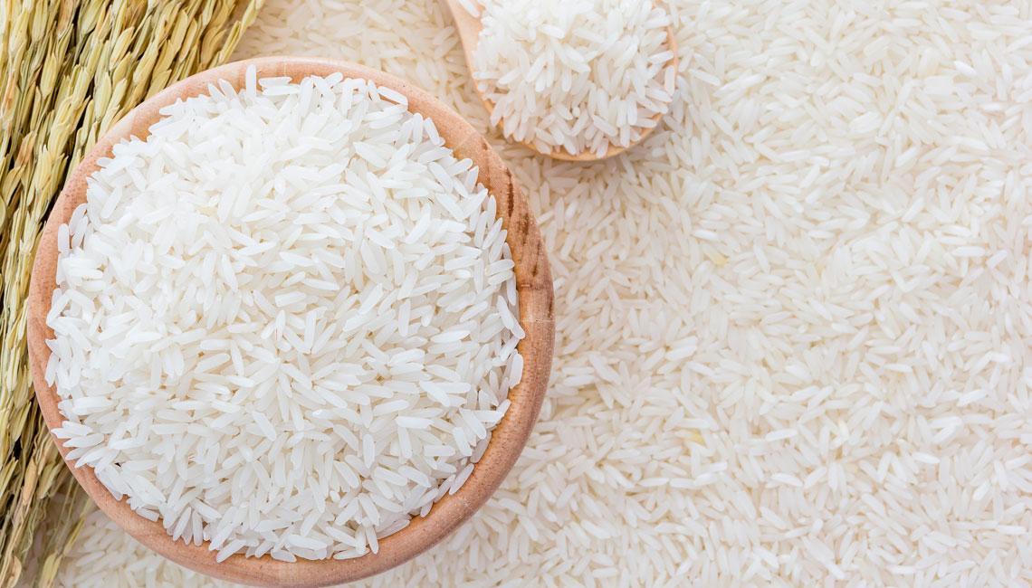 Soñar con arroz crudo