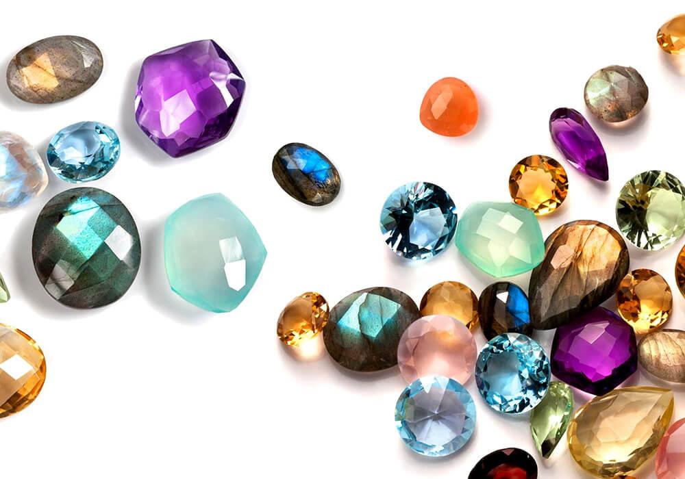Soñar con joyas brillantes