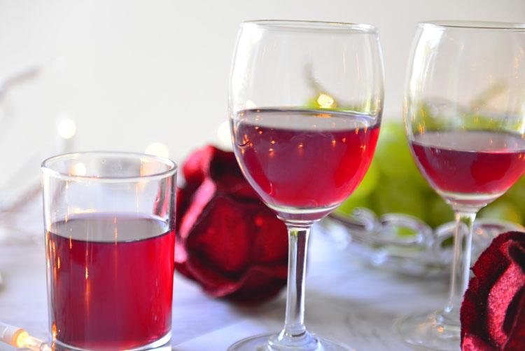 Soñar con vino de uvas