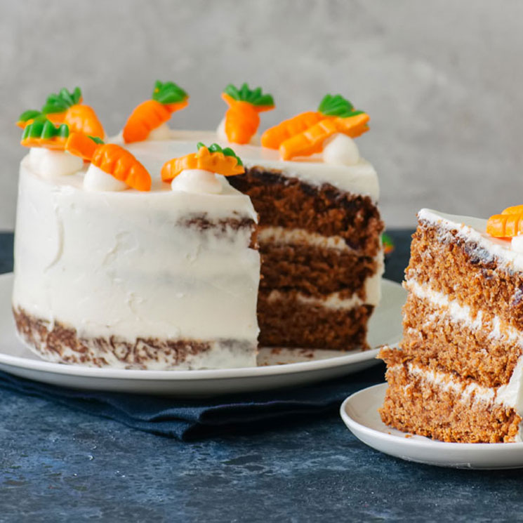 Soñar que compartes un pastel